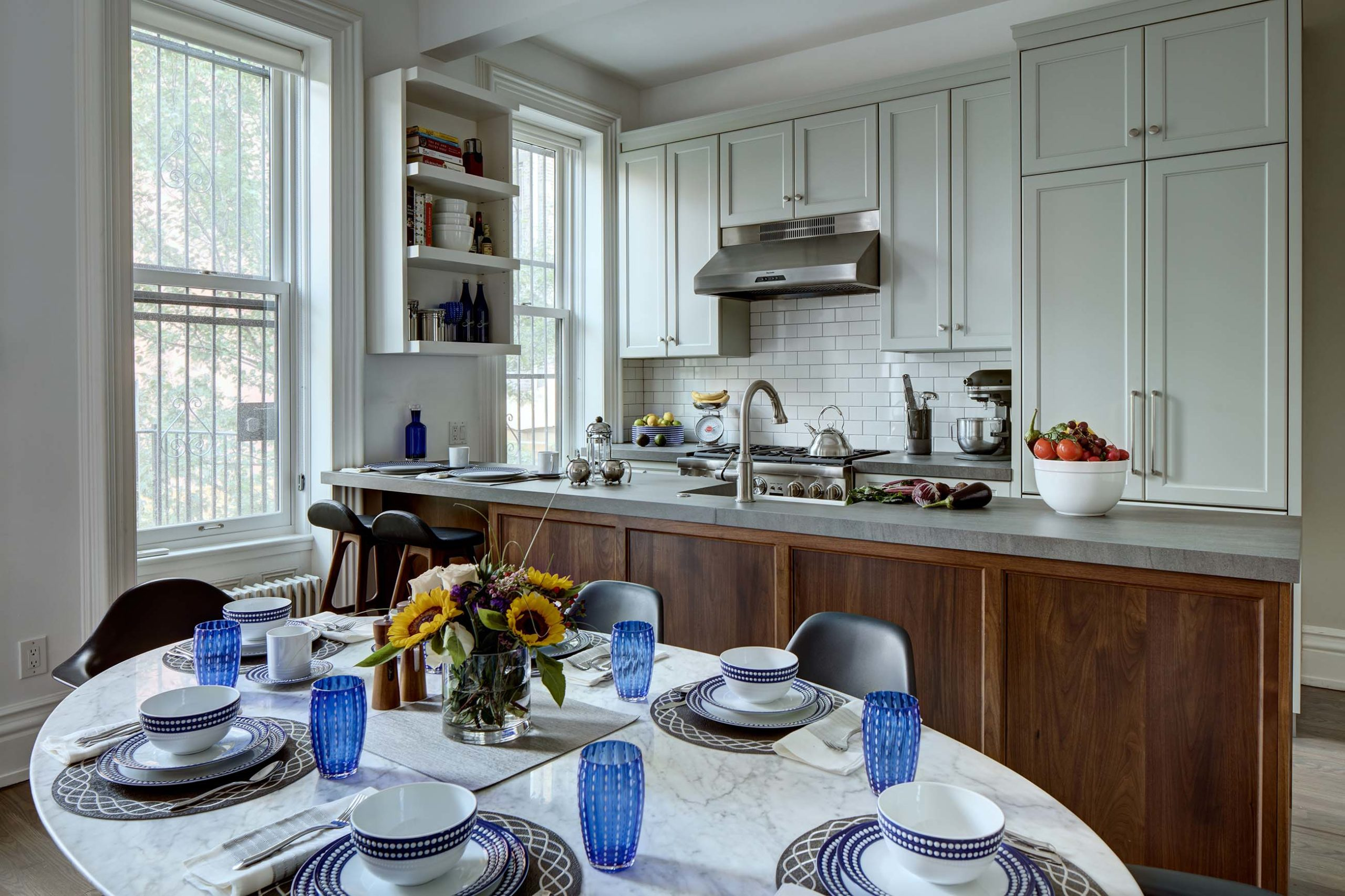 Townhouse Kitchens Image 1