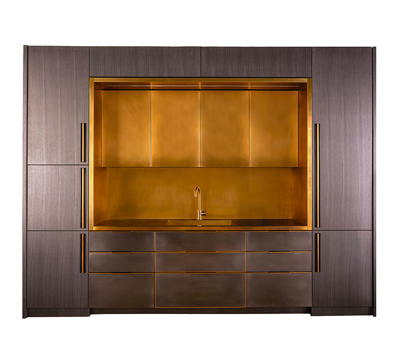 Amuneal_Metal-Kitchen-Brass-Niche-Koto-Wood_Gallery
