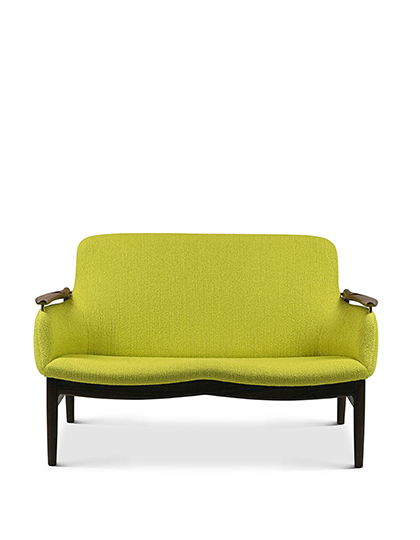 FAIR_House-of-Finn-Juhl_53-Sofa_Main