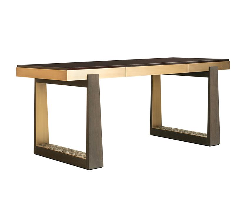 FBC-London_Bridge-Desk_Gallery-1