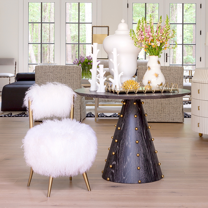 Global-Views_Spheres-Center-Table_Lifestyle