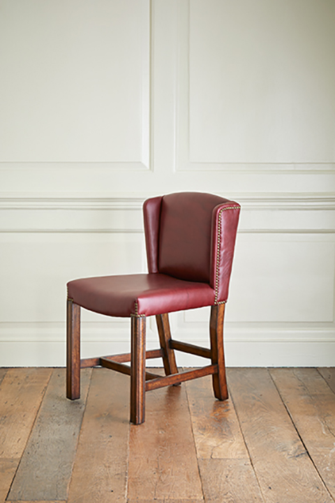 Julian-Chichester_Bevan-Single-Chair_Lifestyle