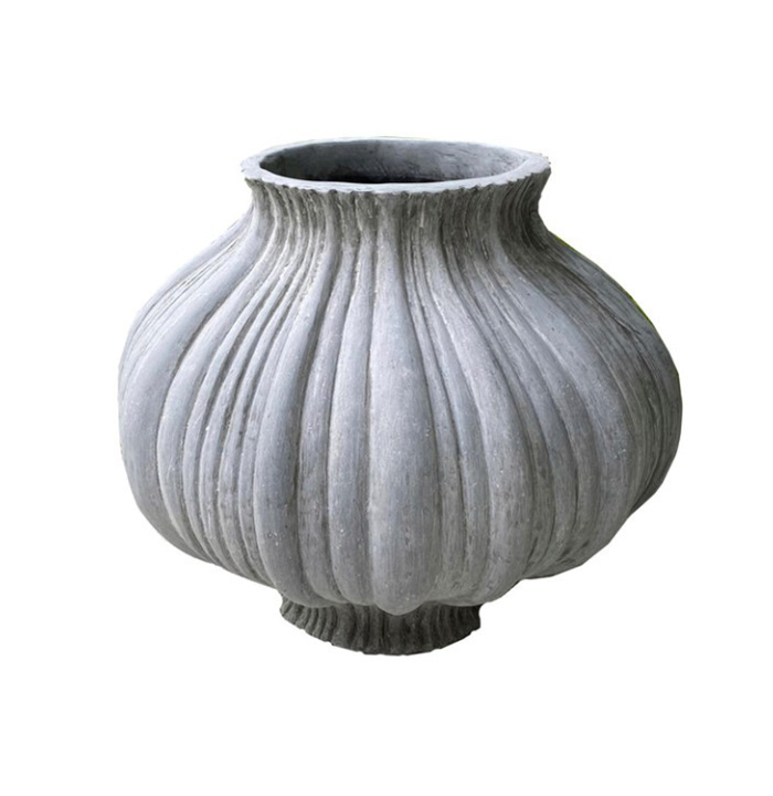 Pennoyer-Newman_Small-Petal-Planter_Gallery