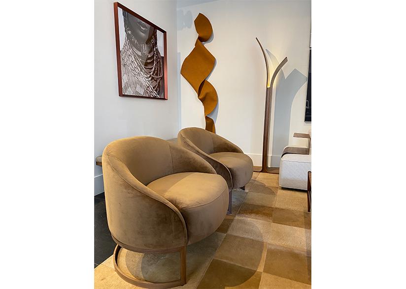 Roberta Schilling Seating Image