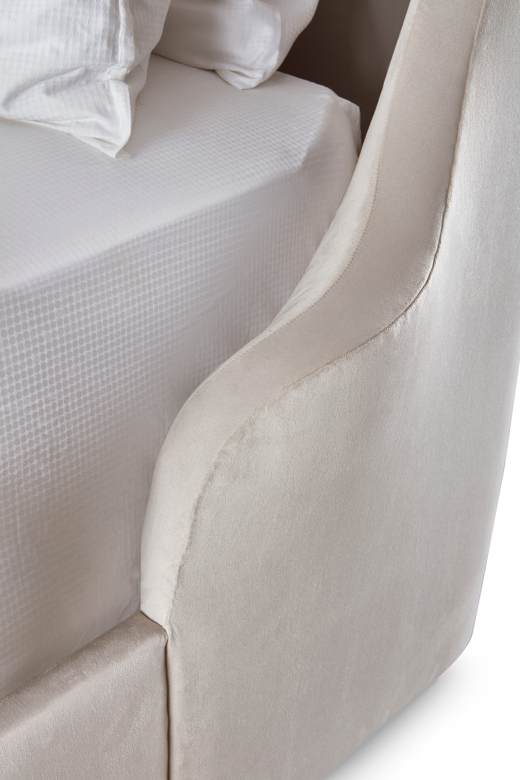 Baker_products_WNWN_casanova_bed_BAA3020_DETAIL-scaled-2