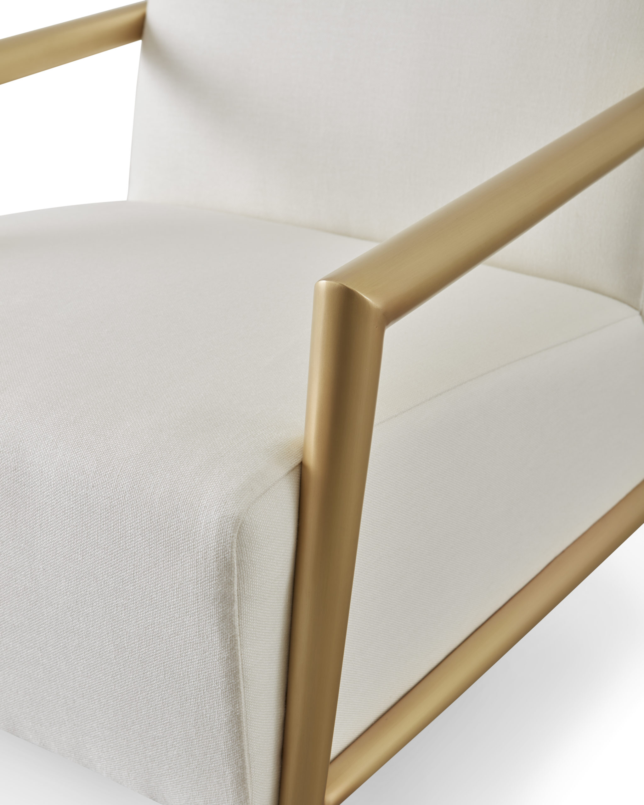 Baker_products_WNWN_enzo_lounge_chair_BAU3104c_DETAIL-scaled-1