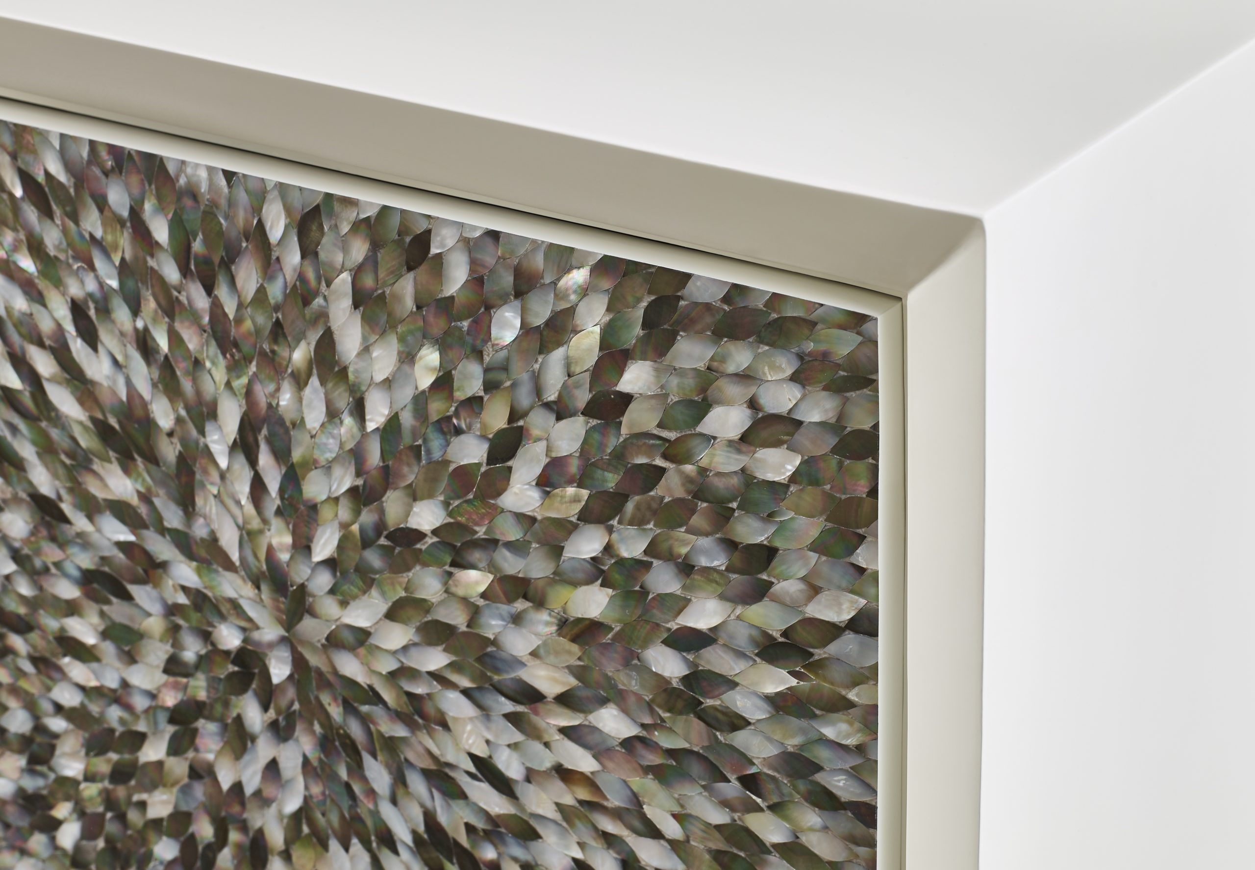 Baker_products_WNWN_nacre_sideboard_BAA3230_DETAIL-scaled-1