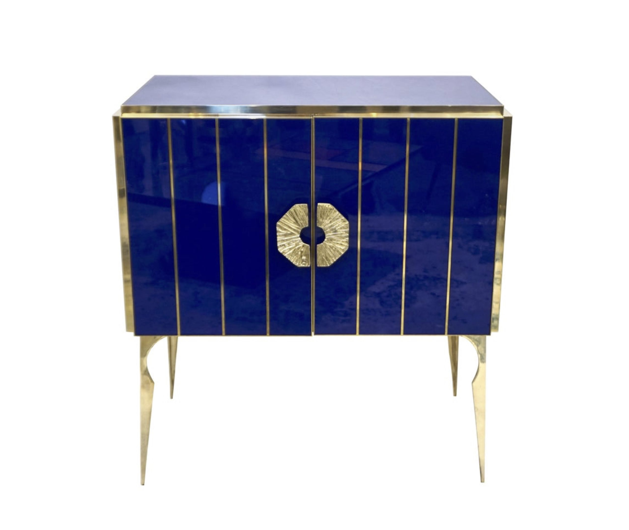 MAIN_cosulich_interiors_and_antiques_products_new_york_design_center_blue_cabinet_21087312_master-scaled-1