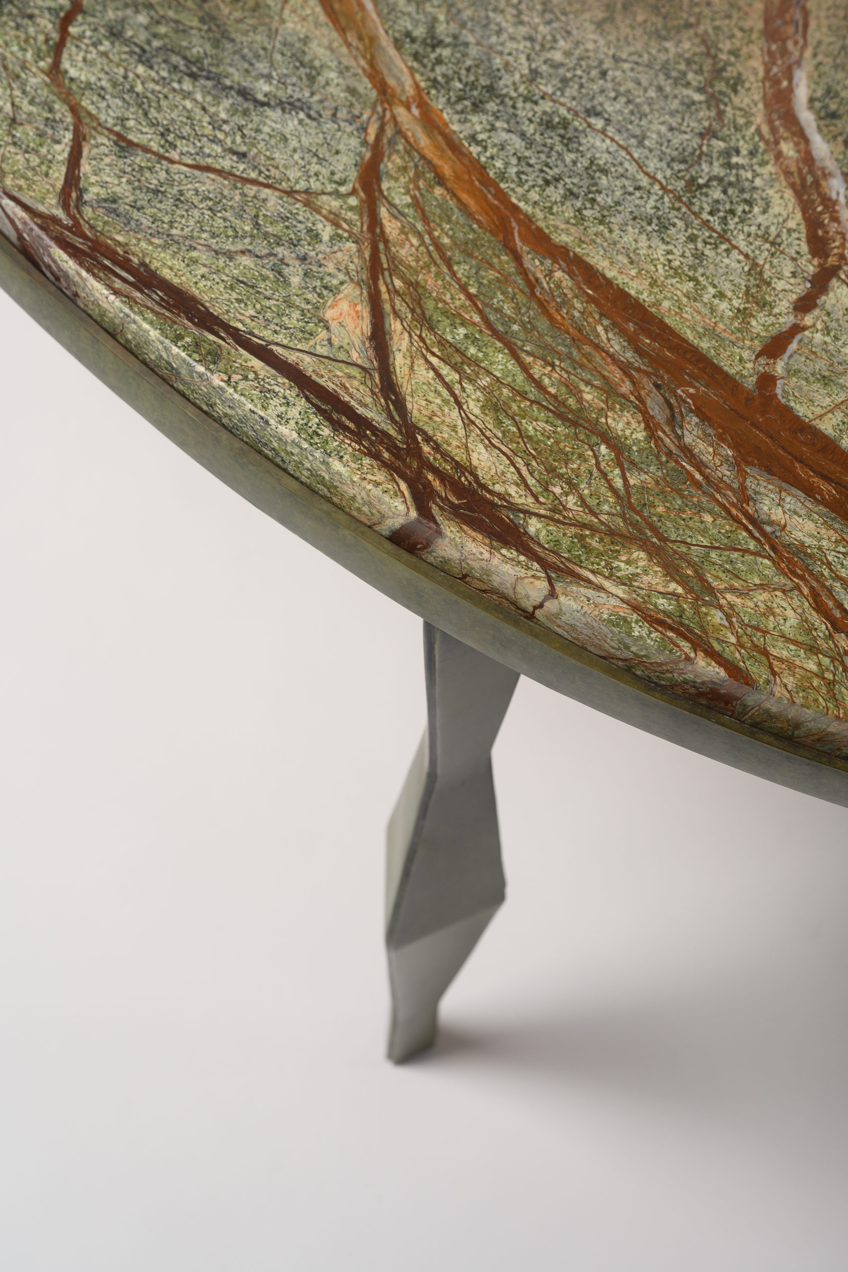 NYDC_WNWN_currey_and_co_products_david_sutherland_Arthur Coffee Table_BEE_4999