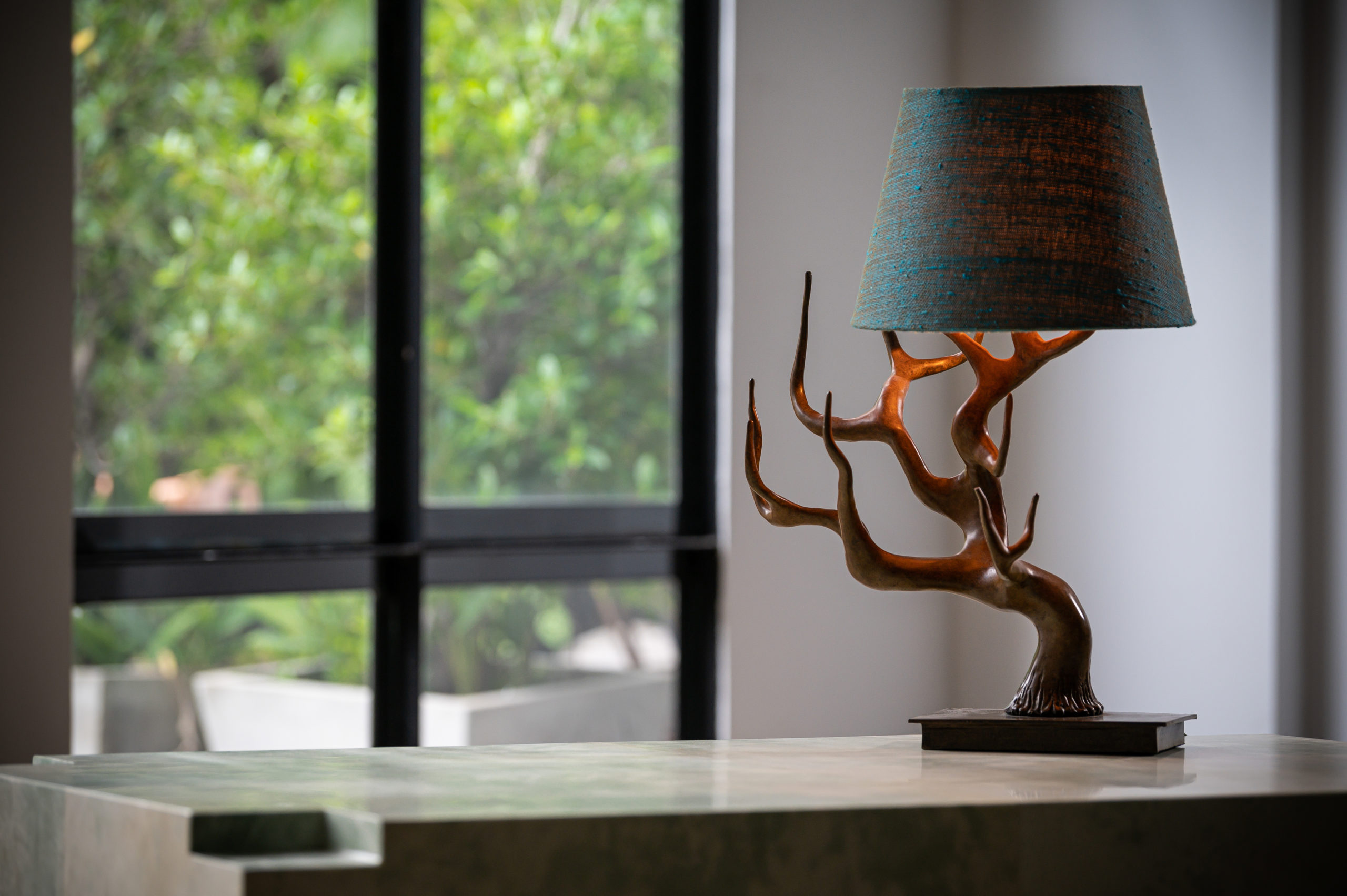 NYDC_WNWN_products_david_sutherland_elan_atelier_Cervus_Table_Lamp