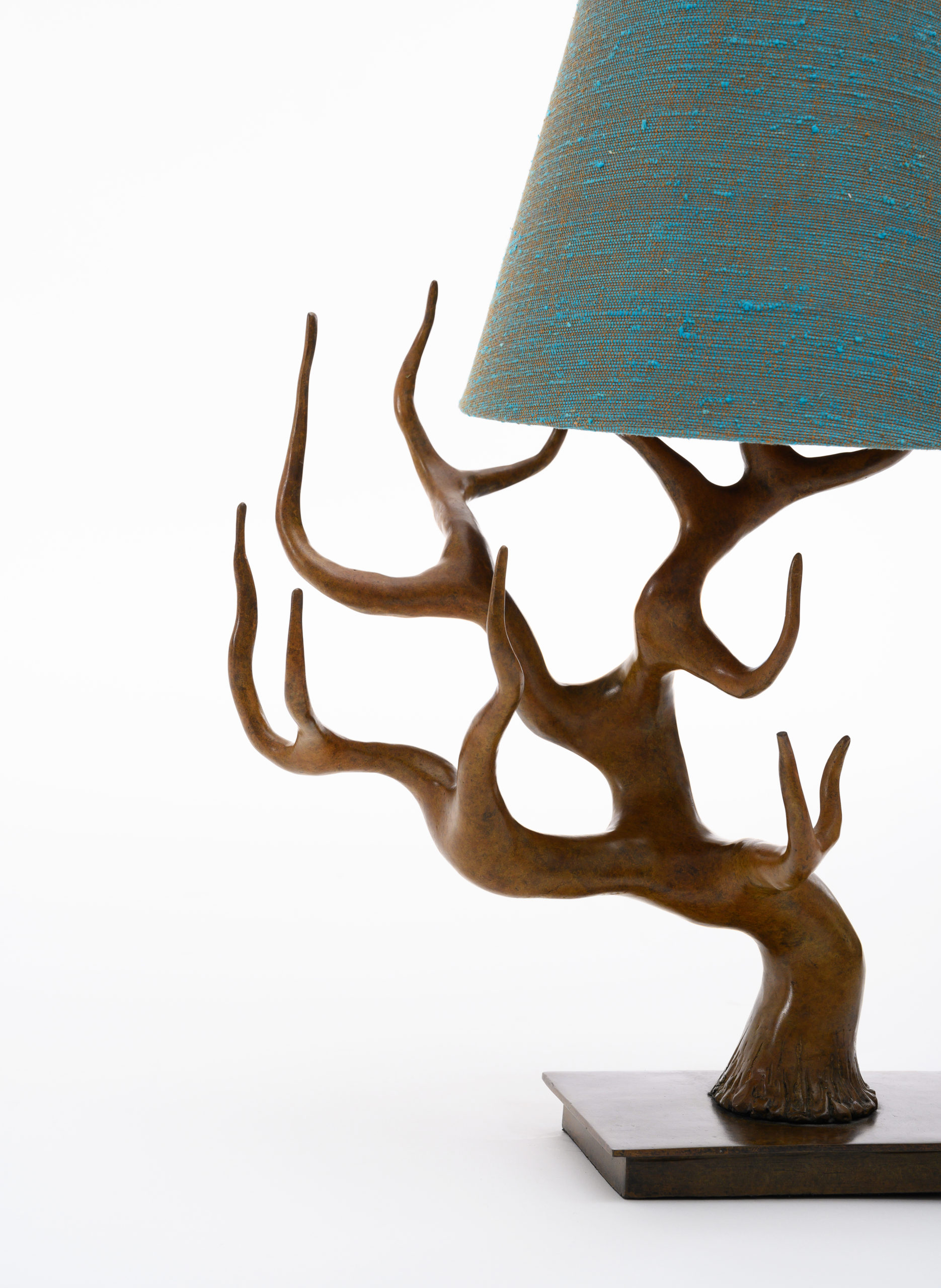 NYDC_WNWN_products_david_sutherland_elan_atelier_Cervus_Table_Lamp_PHS_0401