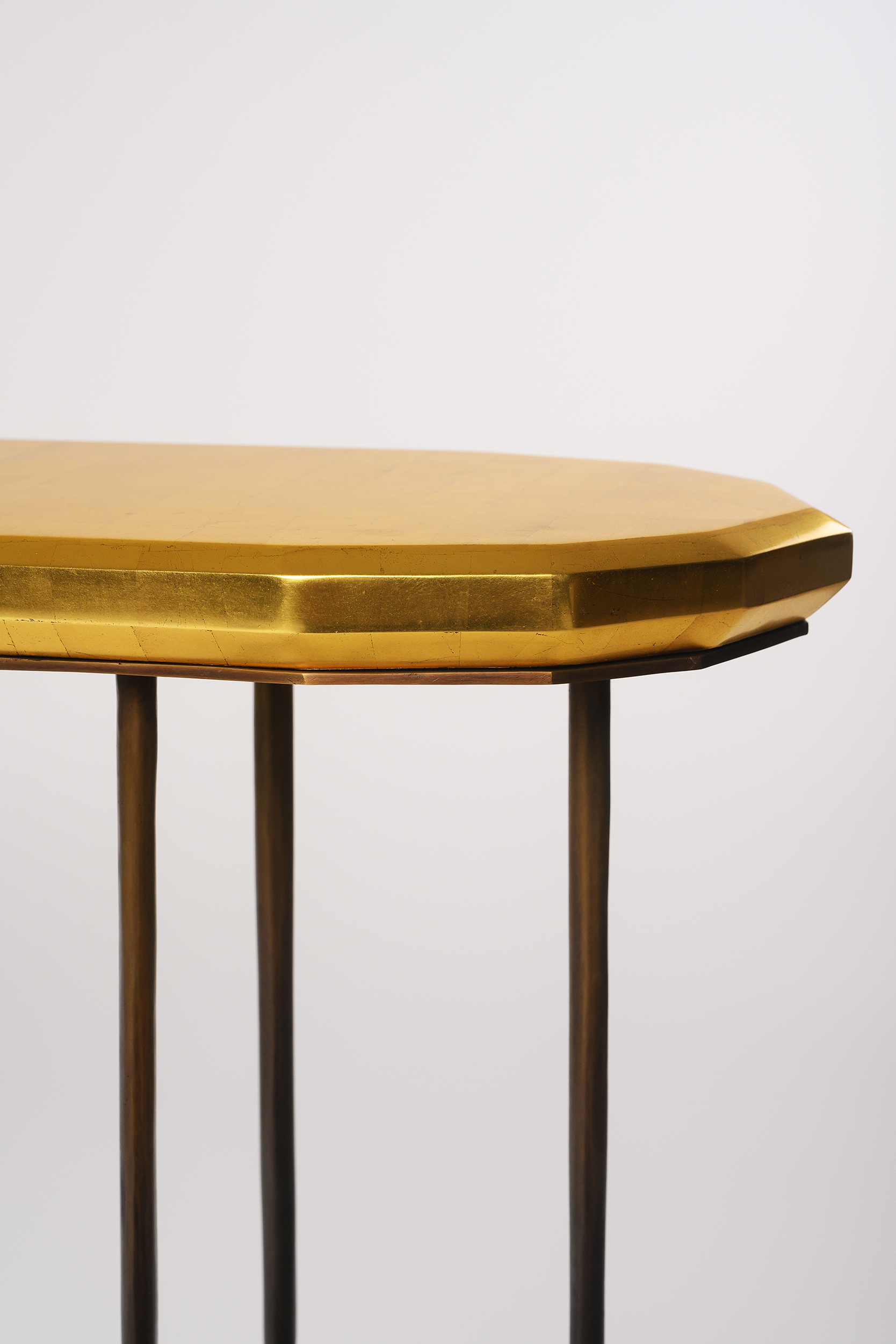 NYDC_WNWN_products_david_sutherland_elan_atelier_Faroh_Console_BEE_5113