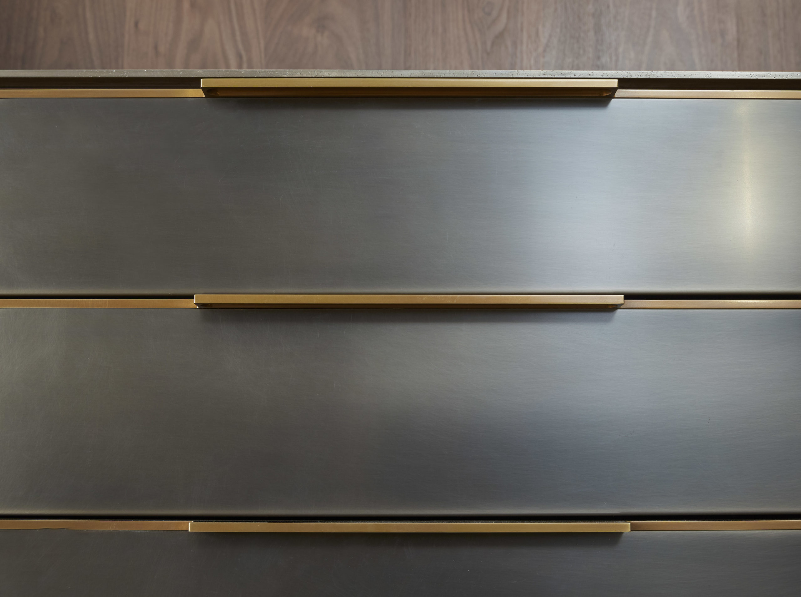 amuneal_products_WNWN_NYDC_5Blackened-Stainless-Bar-Detail-Drawer-Fronts_nycshowroom-scaled-1