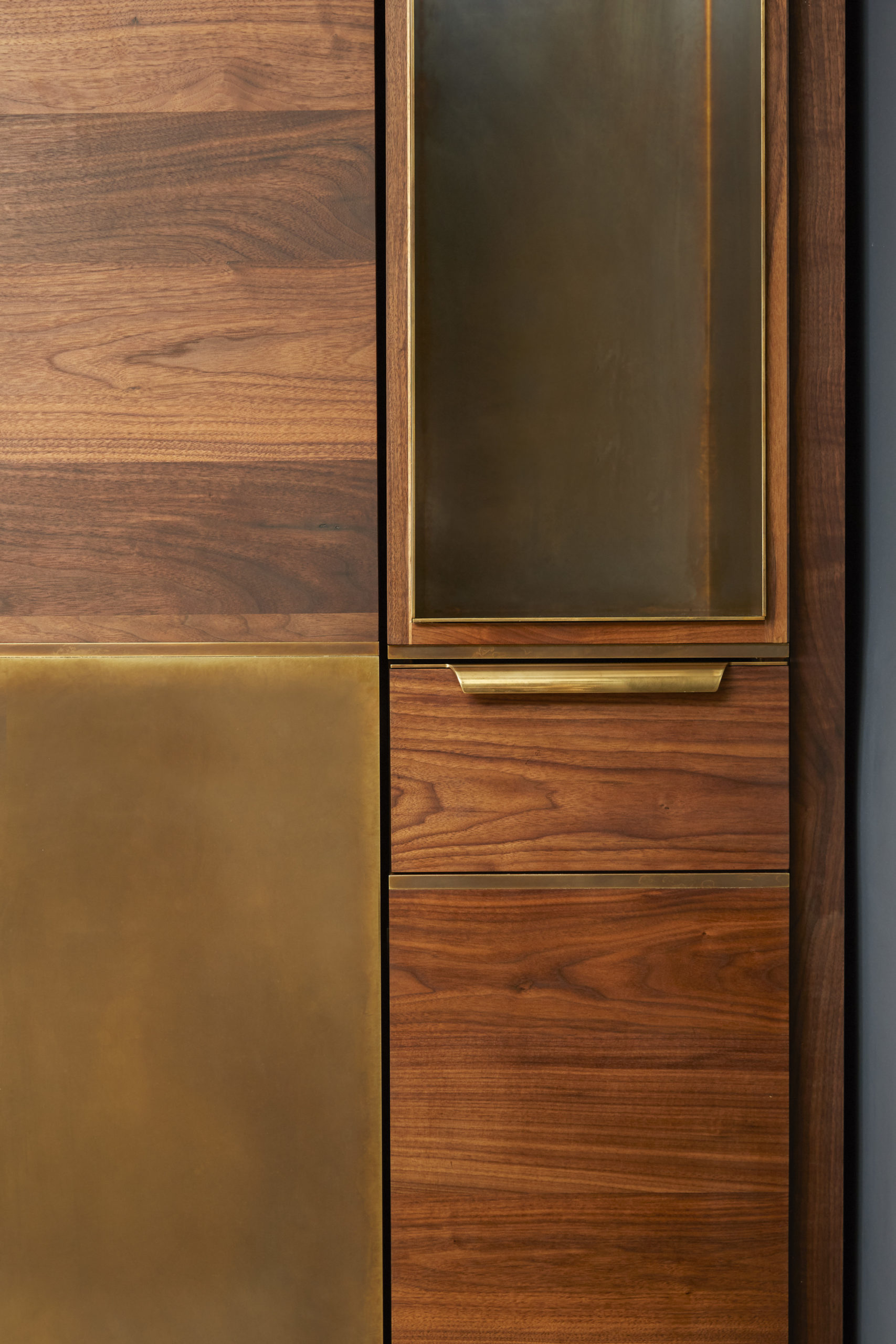 amuneal_products_WNWN_NYDC_5Murphy-Bed-Detail-4-scaled-1