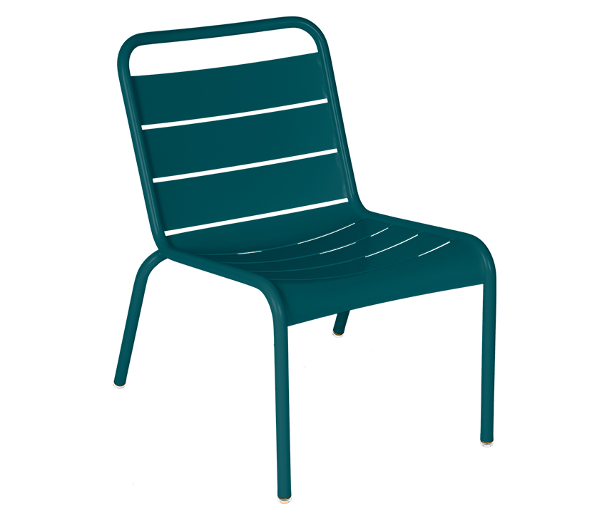 Fermob_Luxembourg_Lounge Chair_Gallery Image 16_Acapulco Blue